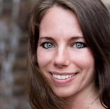 Jennifer Snyder Author Photo